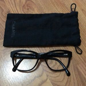 Chanel Frames, ECU